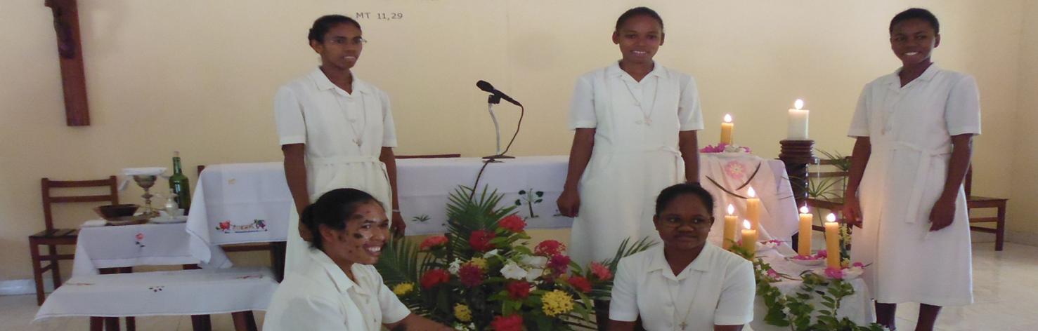 Merci Seigneur pour les premiers voeux de nos cinq sœurs !