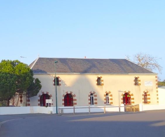 http://www.sacrescoeursmormaison.org/wp-content/uploads/2021/02/13-La-Maison-Familiale.jpg