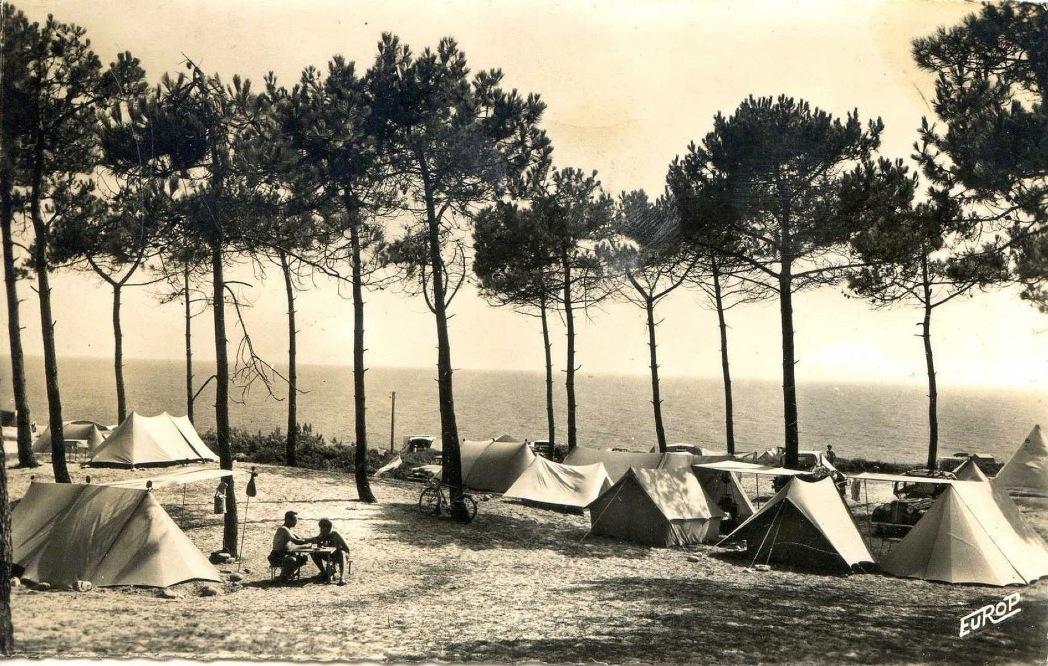 http://www.sacrescoeursmormaison.org/wp-content/uploads/2021/02/16-Le-camping-1.jpg