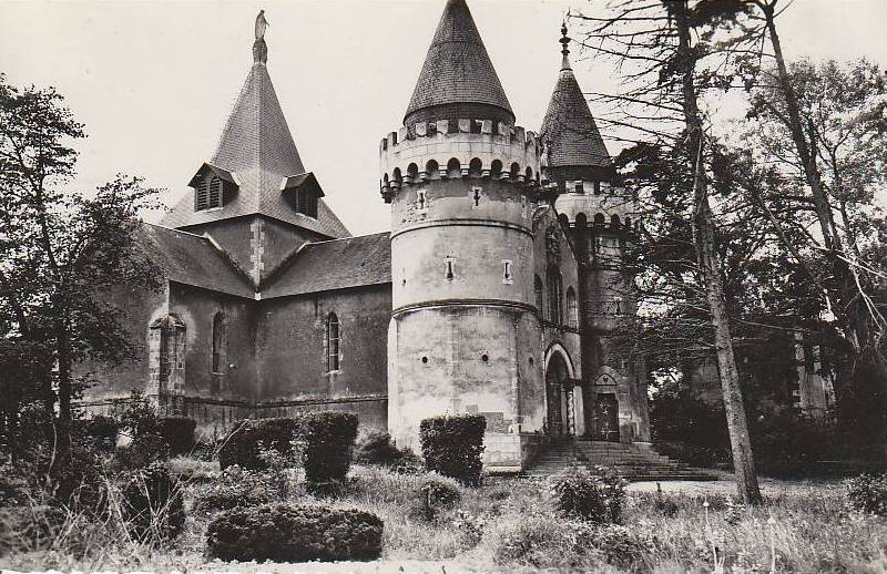 http://www.sacrescoeursmormaison.org/wp-content/uploads/2021/02/25-La-chapelle.jpg