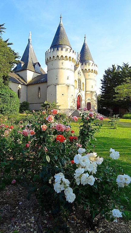 http://www.sacrescoeursmormaison.org/wp-content/uploads/2021/02/28-La-chapelle.jpg