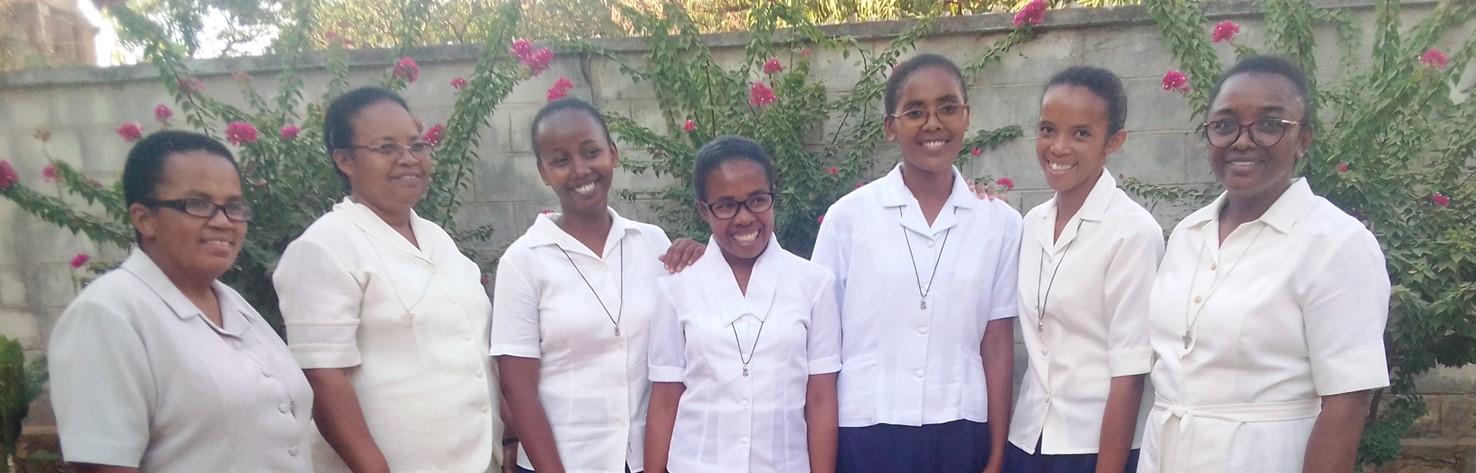 Rentrée à la communauté du postulat (Madagascar)